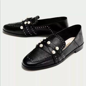 ZARA Black Italian Leather Pearl Loafers 2560/301